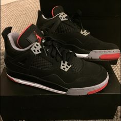 Air Jordan 4 Retro Bred Youth size 5.5Y, is about a 6-6.5 in women. Worn once, and have no creases. Check out the rest of my closet for other Jordan's!  NO TRADES. Feel free to make an offer! Jordan Shoes