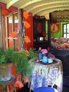Eclectic+Gipsyland+on+Flickr+Gypsy+Caravan+Interior+4