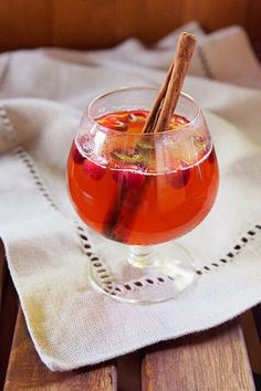 11 Warm and Cozy Big-Batch Cocktails to Make for Your Holiday Bash #purewow #entertaining #food #holiday #drink