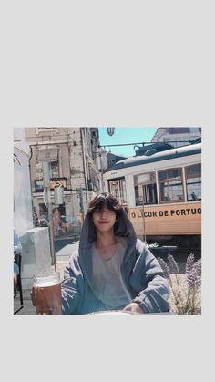 i phone lockscreen Nam Joo Hyuk Lockscreen, Nam Joo Hyuk Wallpaper, Nam Joo Hyuk Cute, Ahn Hyo Seop, Romantic Doctor, Joon Hyuk, Nam Joohyuk, Lee Sung Kyung, Handsome Korean Actors