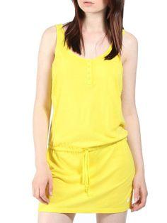 Robe de marque Bench. Robe en jersey jaune Bench Scenario sur Streetwear Collection.