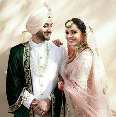 online shopping for indian wedding dresses Sikh Wedding Dress, Punjabi Wedding Suit, Punjabi Wedding Couple, Couple Wedding Dress, Wedding Lehnga, Indian Wedding Wear, Indian Bridal, Wedding Couples, Punjabi Couple