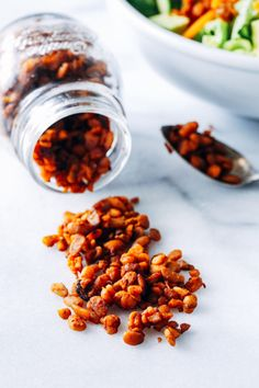 Easy Tempeh Bacon Bits- just 5 simple ingredients is all you need to make these delicious meatless bacon bits. Perfect for topping salads, pasta, and pizza! Vegan Vegetarian, Vegetarian Recipes, Raw Vegan, Vegan Meals, Vegan Food, Healthy Meals, Tofu Recipes, Cooking Recipes, Cooking Tips