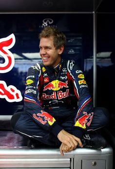 7c5e688db8c04 sebastian vettel being adorable as usual F1 Racing