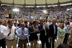 """Rajoy presume de la estabilidad de Feijóo frente a la """"política obstruccionista de Sánchez"""""""