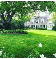 Life Is Beautiful, Beautiful Homes, Veranda Magazine, New England Homes, Stone Houses, My Dream Home, Dream Homes, Curb Appeal, Exterior Design
