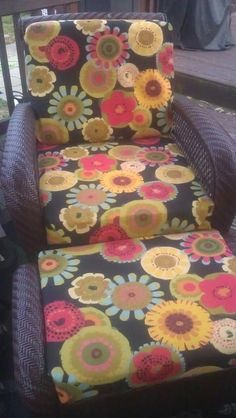 No Sew Patio furniture covers.I wanted to recover my old pation cushions and found this site, the picutre is of my cushions after I redid them. http://inmyownstyle.com/2010/07/how-to-make-a-no-sew-cushion-cover.html