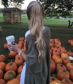 pinterest: @insidemimente #fall #pumpkins #coffee