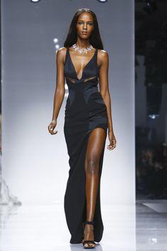 Versace Paris Haute Couture 2016 Defilesi www.modablackk.com www.provamanken.com https://www.facebook.com/Prova-Manken-172083026481763/ https://www.instagram.com/provamanken/ https://tr.pinterest.com/provamanken/pins/