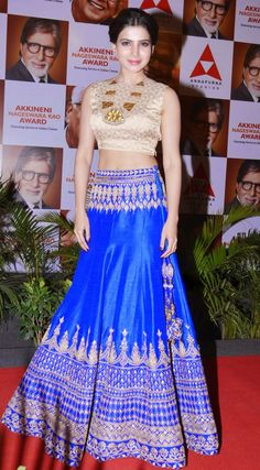 Samantha Royal Blue Lehenga at ANR National Award 2013 Indian Bridal Wear, Indian Wear, Bride Indian, Indian Style, Pakistani Outfits, Indian Outfits, Ethnic Fashion, Indian Fashion, Modern Fashion