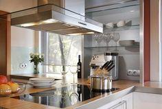 Elegante Einbauküche - Kochen mit Platz