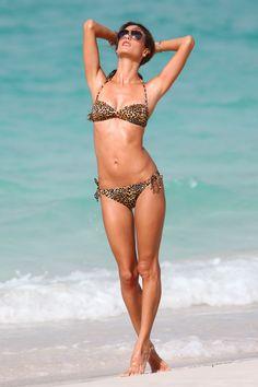 Alessandra Ambrosio - Full Size - Page 55