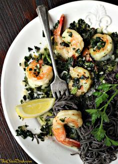 Shrimp with Lemon, White Wine and Spinach over Black Bean Pasta