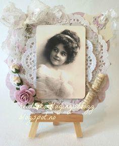 Heidis kortlagingsblogg: Vintage jente med tekstrull