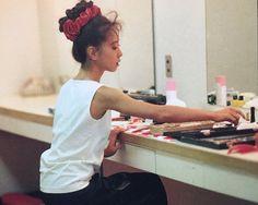 Asian Woman, Asian Girl, Aesthetic Japan, Crown Hairstyles, Idol, Akina, Retro, Women, Crowns
