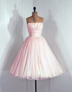 Pale Pink 1950's Dress with straps?