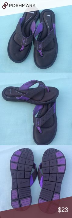 Nike comfort footbad sandals Nice sandals,size 11W Nike Shoes Sandals