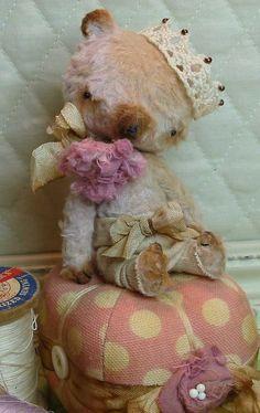 Astor B. Bear  mohair & silk artist bear handsewn by weelittlepigs