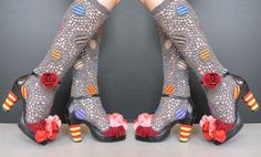 KATARINA BRIEDITIS blog: Do Redo. Upcycled shoes with yarn and flowers made of sweaters, crochet socks