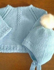Blue jersey and Bebemonissimo pompous cap Baby Booties Knitting Pattern, Baby Knitting Patterns, Baby Patterns, Kurti Embroidery Design, Baby Bonnets, Crochet Jacket, Jacket Pattern, Baby Sweaters, Doll Clothes