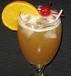 of Grand Marnier . of Vodka . of Southern Comfort . and , 2 oz. of Pineapple Juice ! Mix ( stir ) and , enjoy ! Bar Drinks, Cocktail Drinks, Cocktail Recipes, Cocktail Glass, Cocktail Shaker, Beach Cocktails, Cocktail Ideas, Cocktail Parties, Drinks Alcohol Recipes