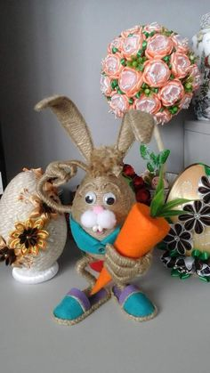 Holiday Crafts, Christmas Gifts, Christmas Ornaments, Holiday Decor, Easter Bunny, Easter Eggs, Diy And Crafts, Arts And Crafts, Ideias Diy
