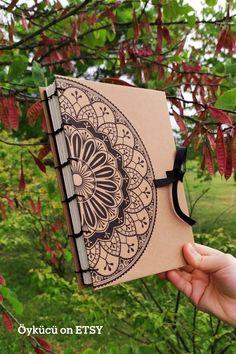 Handmade Diary, Handmade Books, Cool Journals, Cool Notebooks, Diy Notebook, Notebook Covers, Art Worksheets, Blank Book, Diy Crafts Hacks