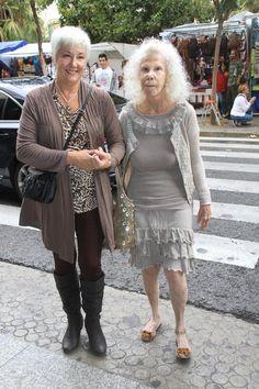 La duquesa de Alba, en su condición de presidenta de honor de la Asociación Española de Esclerosis Múltiple, recaudó fondos para esta enfermedad en Sevilla