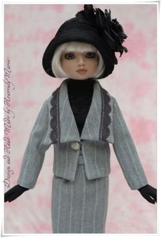 Ensemble for Ellowyne - Half Sleeve Knit Top, Jacket, Skirt, Stole, Hat(s) & Gloves, by heavenlymarie via eBay, SOLD 9/19/14 BIN $73.99