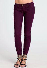 Jeans in plum.