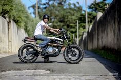Gs 500 Scrambler 5 Hundred Deluxe Loyal Motors Garage Work on Amazing Garage Ideas 728 Cafe Racer Motorcycle, Motorcycle Garage, Gs500, Cb650, Samurai, Bike Rider, Suzuki Gsx, Honda Cb, Scrambler