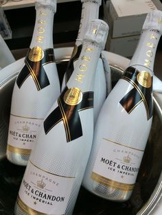 Confessions of a part-time working mom: Black and White Moet Imperial, August Themes, Moet Chandon, Champagne, Photo Challenges, Black And White, Bottle, Drinks, Confessions