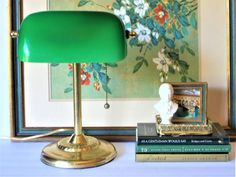 Vintage Desk Lamp Library Lamp Bankers Lamp Bankers Lamp with Green Shade Brass Desk Lamp Green Home Decor Vintage Bedroom Styles, Bedroom Vintage, Chinoiserie, Green Library, Vintage Kitchen Appliances, Bankers Lamp, Vintage Library, Equestrian Decor, Green Home Decor