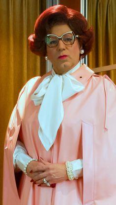 Mrs Wanda Nylon
