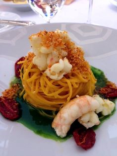 Spaghetti with lobster and shrimp