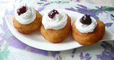 Šišky so šľahačkou a s lekvárom - recept | Varecha.sk Rum, Cheesecake, Food, Meal, Cheese Cakes, Eten, Cheesecakes, Meals, Room