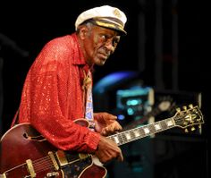 Chuck Berry Plays NASA August 1989 'Johnny B Goode' is performed by Chuck Berry for NASA engineers and scientists in celebration of Voyager II's encounter with the planet Neptune, 1989 Rock Roll, Rock N, Music Icon, Soul Music, Johnny B Goode, Nasa Engineer, Chuck Berry, Black History, Captain Hat