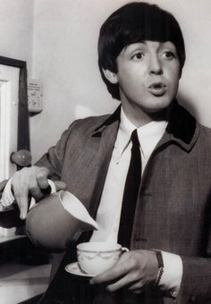 S. J. Paul McCartney♥♥ When are you free to take some tea with me - Manchester, 1964