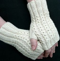 BonBons Fingerless Mitts - Free Knitting Patterns by Susanna IC Crochet Mittens, Mittens Pattern, Crochet Gloves, Knitting Socks, Knit Crochet, Knitting Needles, Fingerless Gloves Knitted, Knitted Hats, Knitting Patterns Free
