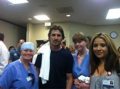 What a surprise! 19 Swedish staff members met actor Christian Bale today @ TMCA! More details soon. #theatershooting pic.twitter.com/ZbKwGnK3