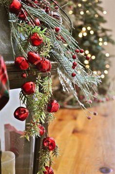 Merry Christmas Darling — santa-kisses: santa claus is coming to town…☃❄