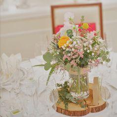 #ゲストテーブル #装花 のご紹介♡ #切り株 を使った#ナチュラル 感たっぷりの#会場装花 です(^ν^) * * #ユーカリ や#カスミソウ など、#小花 たっぷりの#クラッチブーケ のような豪華なお花の#テーブルコーディネート です♡ * * * #会場装飾 #コーディネート #テーブルナンバー #結婚式装花 #関西花嫁 #アイネスヴィラノッツェ大阪 When You Love, Table Flowers, Loving Someone, Pastel Colors, Pretty Little, Color Mixing, Flower Arrangements, Wedding Flowers, Table Decorations