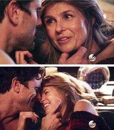 3x16 Deacon and Rayna. Love it that they're back together.