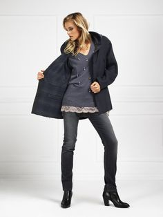 Giacca reversibile 7156 - Reversible Jacket 7156 - Maglia 7157 - Knit 7157 - Jeans 7088