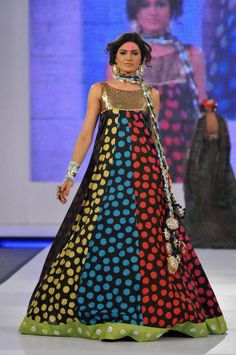 spotted gold: ns creations http://www.facebook.com/pages/NS-Creations/117320618383815?sk=photos