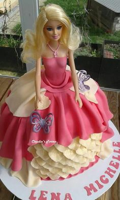 Barbietorte in pink-creme