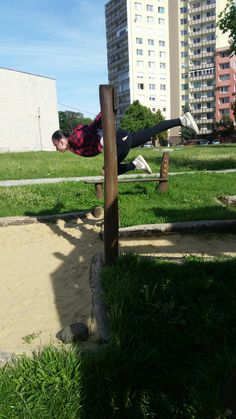 #streetworkout #backlever #oneleg