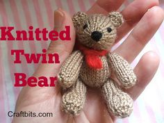 Free knitting pattern for Twin Bear Toys Patterns little cotton rabbits Knitted Twin Bears: Bill And Ben Knitting Bear, Teddy Bear Knitting Pattern, Animal Knitting Patterns, Knitted Teddy Bear, Free Knitting, Knitting Toys, Knit Patterns, Tiny Teddies, Little Cotton Rabbits