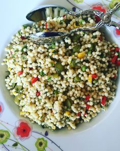 Couscous Salad - World Cuisine Easy Salad Recipes, Easy Salads, Vegetarian Recipes, Salad Menu, Salad Dishes, Cottage Cheese Salad, Couscous Salat, Tomato Vegetable, Roasted Meat