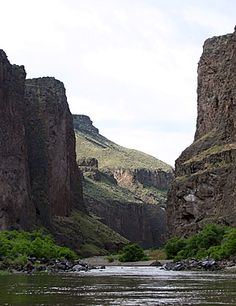 Owyhee River Oregon   Beautiful, remote and challenging River run!